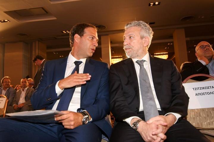 Ο Πρόεδρος του ΕΣΑΚΕ, Μιχάλης Μελής, με τον υφυπουργό αθλητισμού, Σταύρο Κοντονη