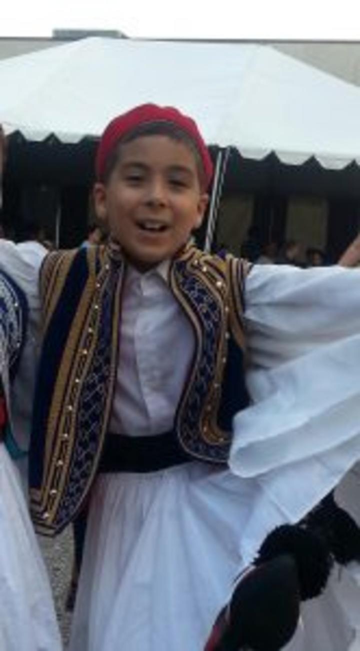 Ο Ουίλιαμ Μαϊλλης με παραδοσιακή στολή.