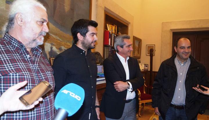 Υπερήφανοι για τη διάκριση δήλωσαν ο περιφερειάρχης Γ. Χατζημάρκος,  ο πρόεδρος της λέσχης αρχιμαγείρων Ν. Χριστοφόρου  και ο δάσκαλος του νικητή σεφ Γ. Τρουμούχης.