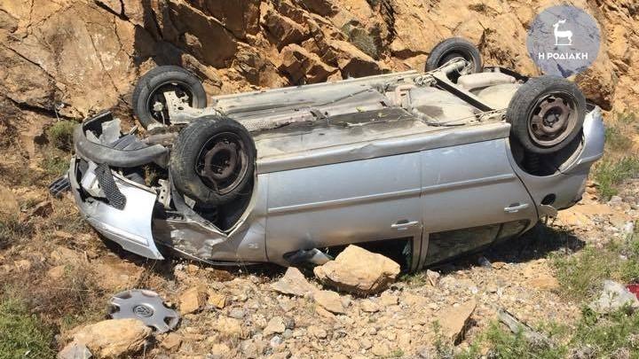 Νέο τροχαίο ατύχημα στη Ρόδο (φωτορεπορτάζ)