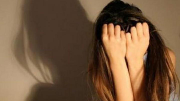 Αποτέλεσμα εικόνας για ασελγεια σε κορίτσι