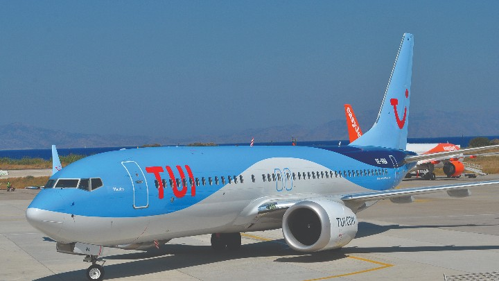 "TUI name their new Boeing  737 MAX 8 Aircraft ""Rhodes"""