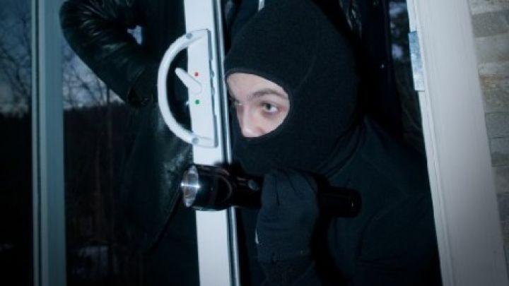 Συνελήφθη επ' αυτοφώρω 36χρονος διαρρήκτης στην Κω | Η ΡΟΔΙΑΚΗ