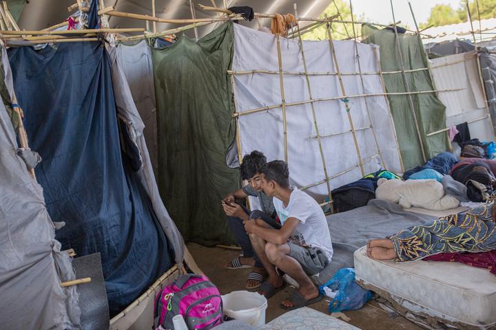 Αυτοψία στα Δωδεκάνησα από τον εκπρόσωπος της Ύπατης Αρμοστείας του ΟΗΕ για τους πρόσφυγες..
