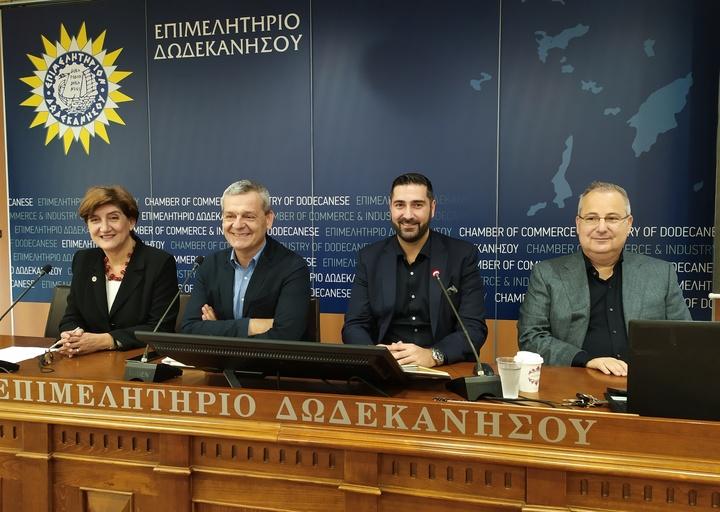 Από τη χτεσινή συνέντευξη.  Από αριστερά: Φ.Σπανού, Κ. Ταρασλιάς, Αν. Κωνσταντάρος και Κ. Χρυσοχοΐδης