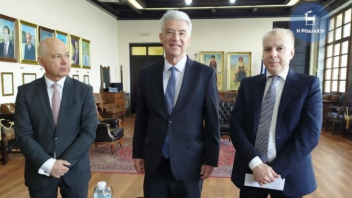 Με τον δήμαρχο Ρόδου συναντήθηκε χθες ο πρέσβης της Γερμανίας