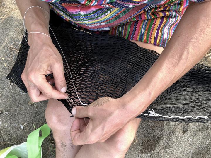 Ο «Νισύριο» εξακολουθεί να αναζητά δημιουργικές και βιώσιμες πρακτικές για την επαναχρησιμοποίηση και εναλλακτική χρήση του πλαστικού